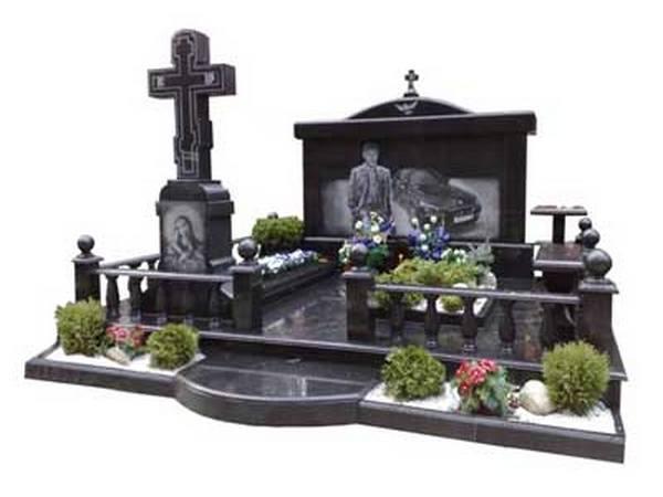 памятник на могилу гранитный