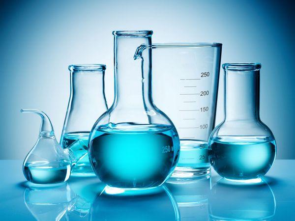 стеклянная лабораторная посуда